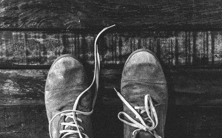 shoes-925178_1920